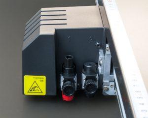 Doppelter Werkzeugkopf zur gleichzeitigen Aufnahme von 2 Werkzeugen